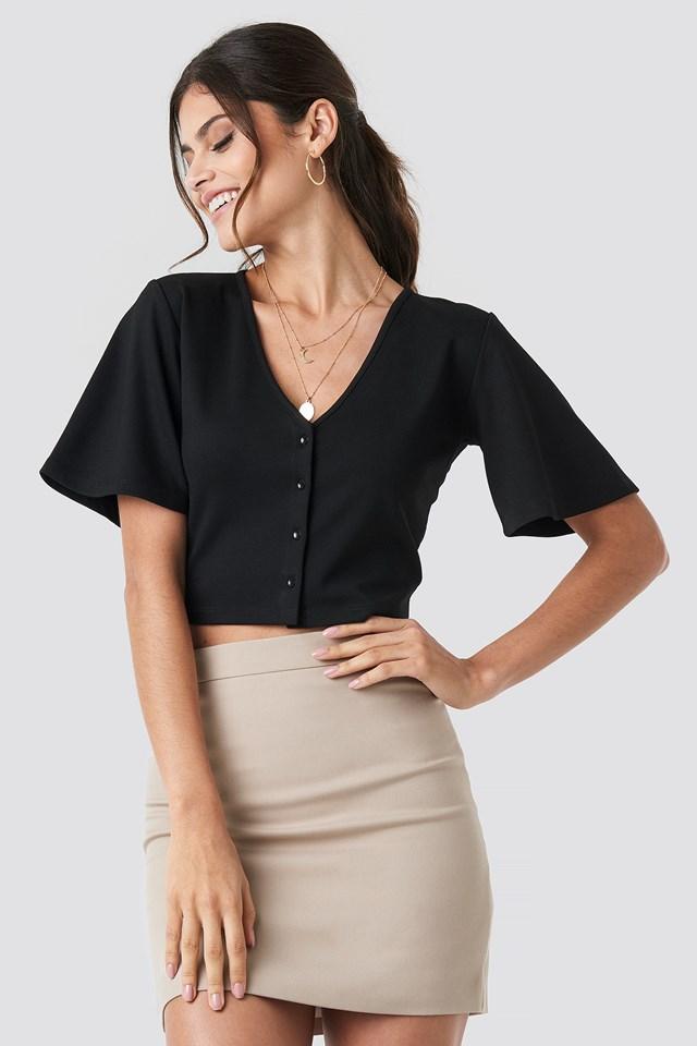 Buttoned Crop T-shirt Black