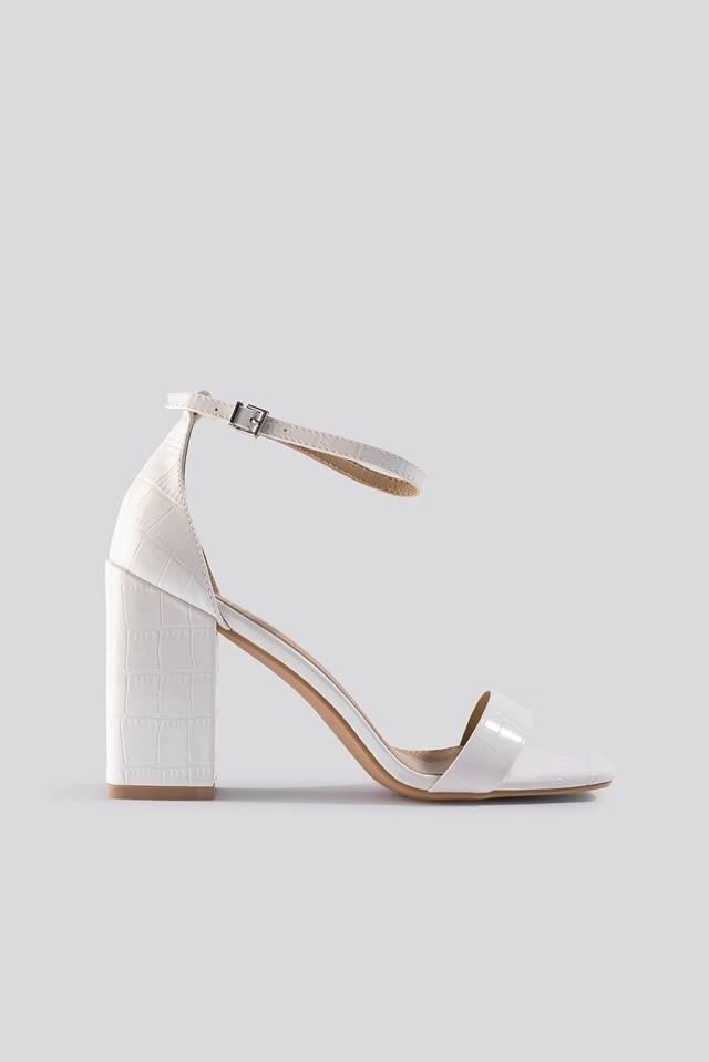Raelynn Block Heel Sandal Offwhite