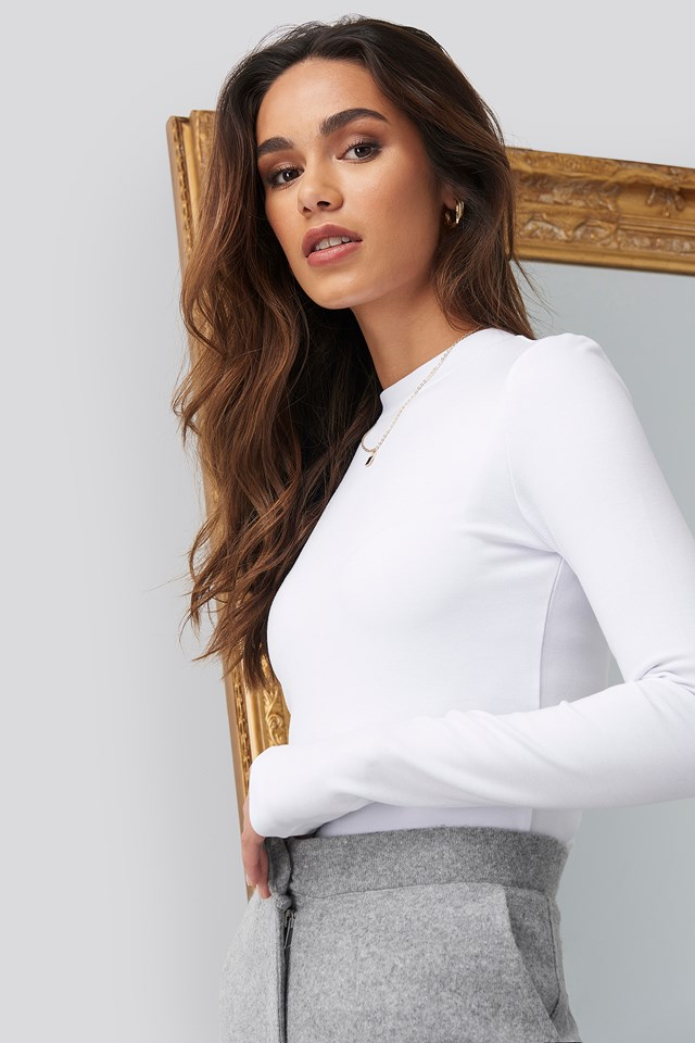 Turtle Neck Cropped Top Romy x NA-KD