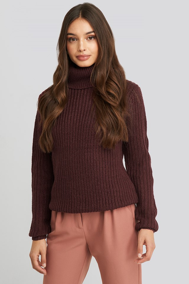 Tinelle Rollneck Knit Burgundy