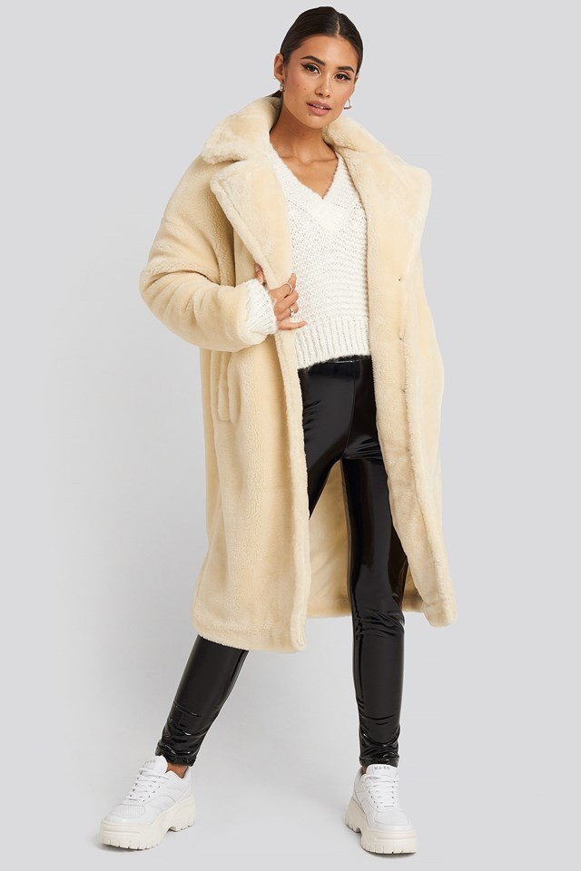 Faux Fur Coat White Outfit