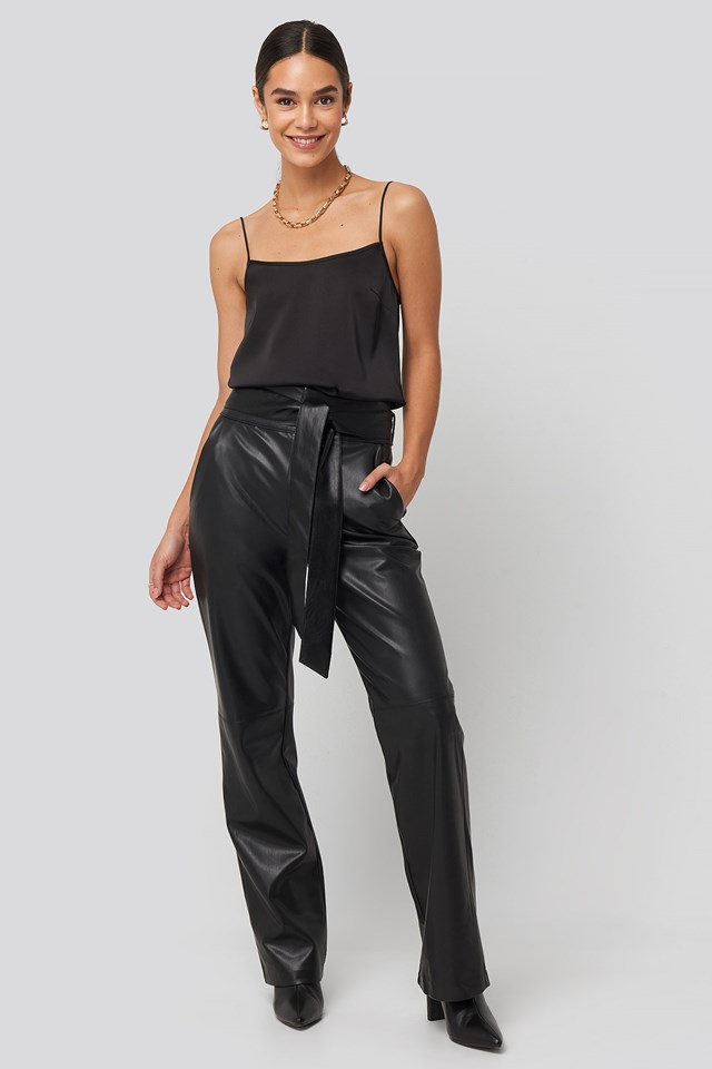 Spagetti Strap Satin Singlet Black Outfit