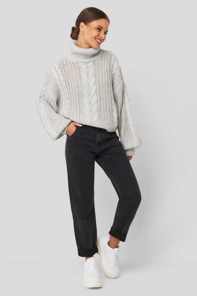Chunky Cable Knit Sweater Grey Outfit