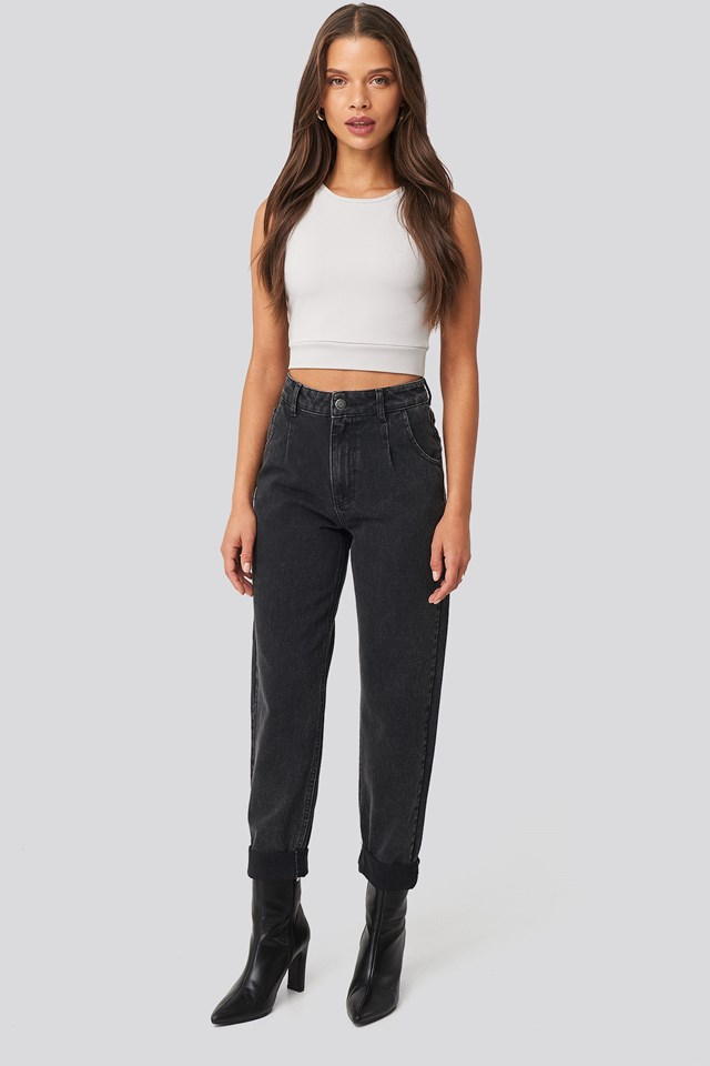 Highwaisted Folded Hem Jeans Black Outfit