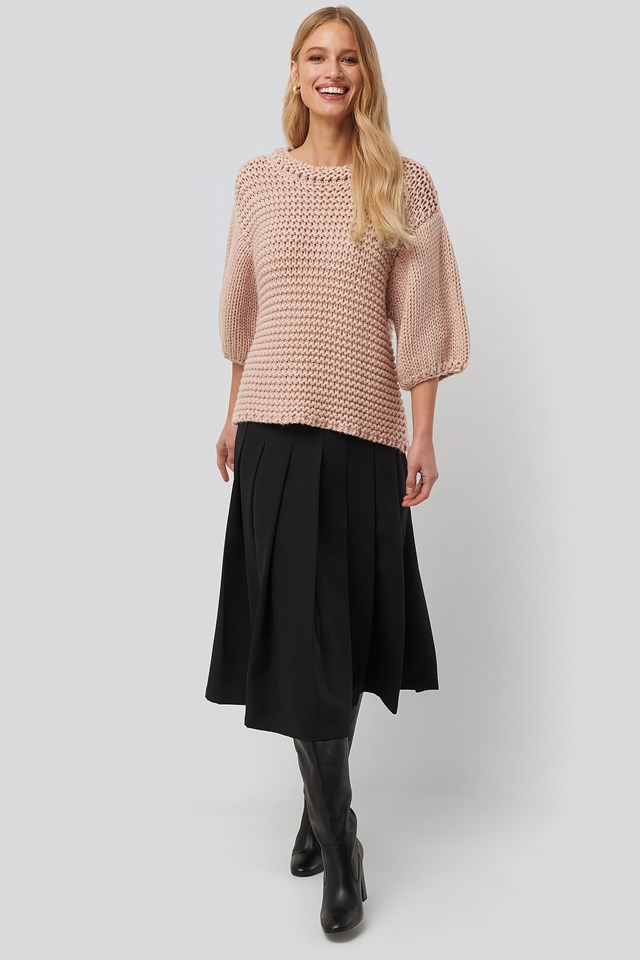 Detail Neck Short Sleeve Sweater Pink Outfit