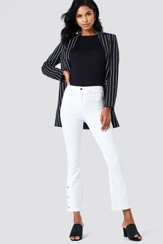 Button Detailed Cropped Jeans Outfit