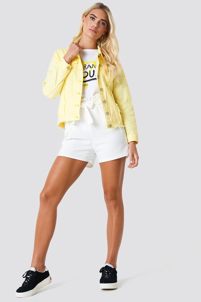 Yellow Denim Jacket Outfit