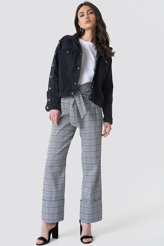Poppers Sleeve Denim Jacket Outfit