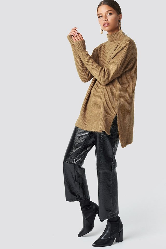 Casual PU Pants and Oversized Sweater Outfit