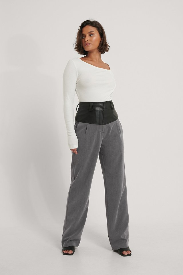 Rouched Asymmetric Neck Top Outfit.