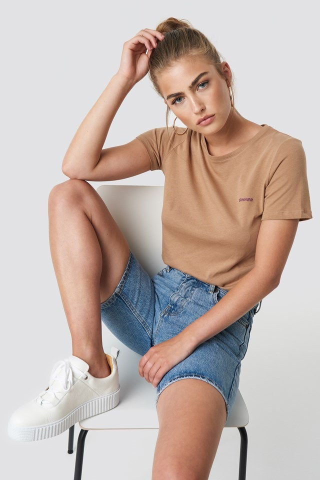 Sinner Basic Tee Outfit