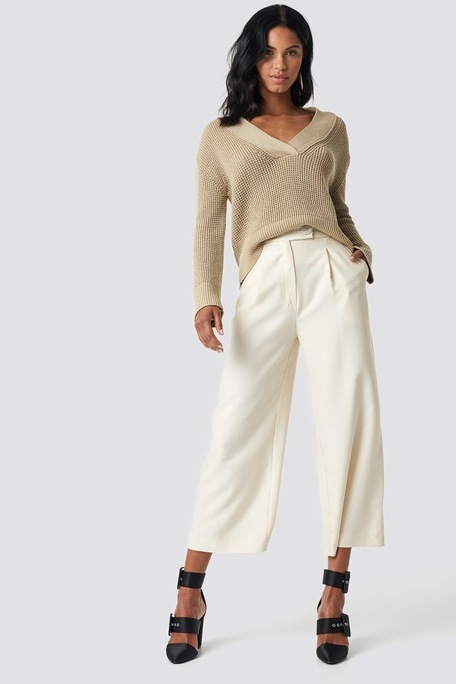 Wide Rib V-neck Knitted Sweater