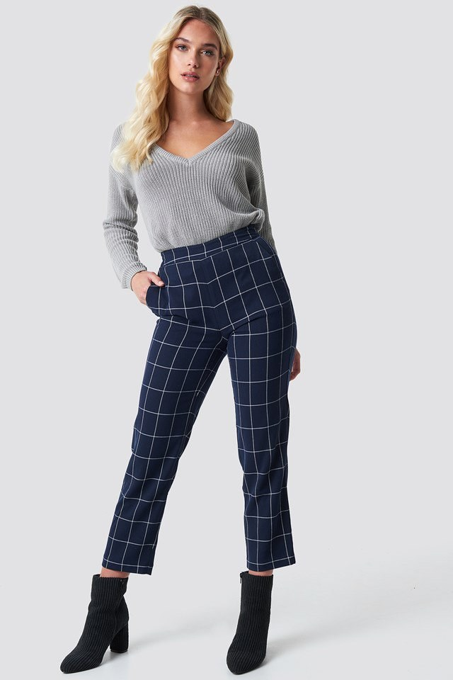 V-neck Knitted Sweater with Straight Pants