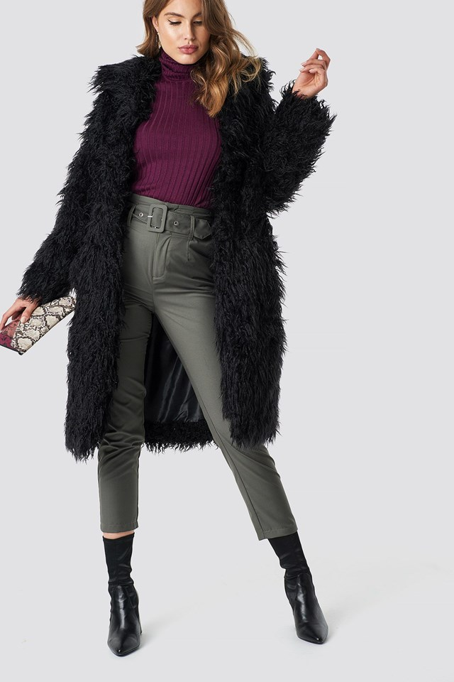 Classy Faux Fur Outfit
