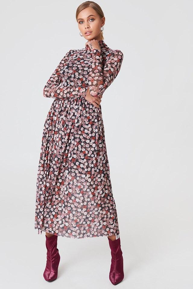 The Classy Midi Flower Dress Look