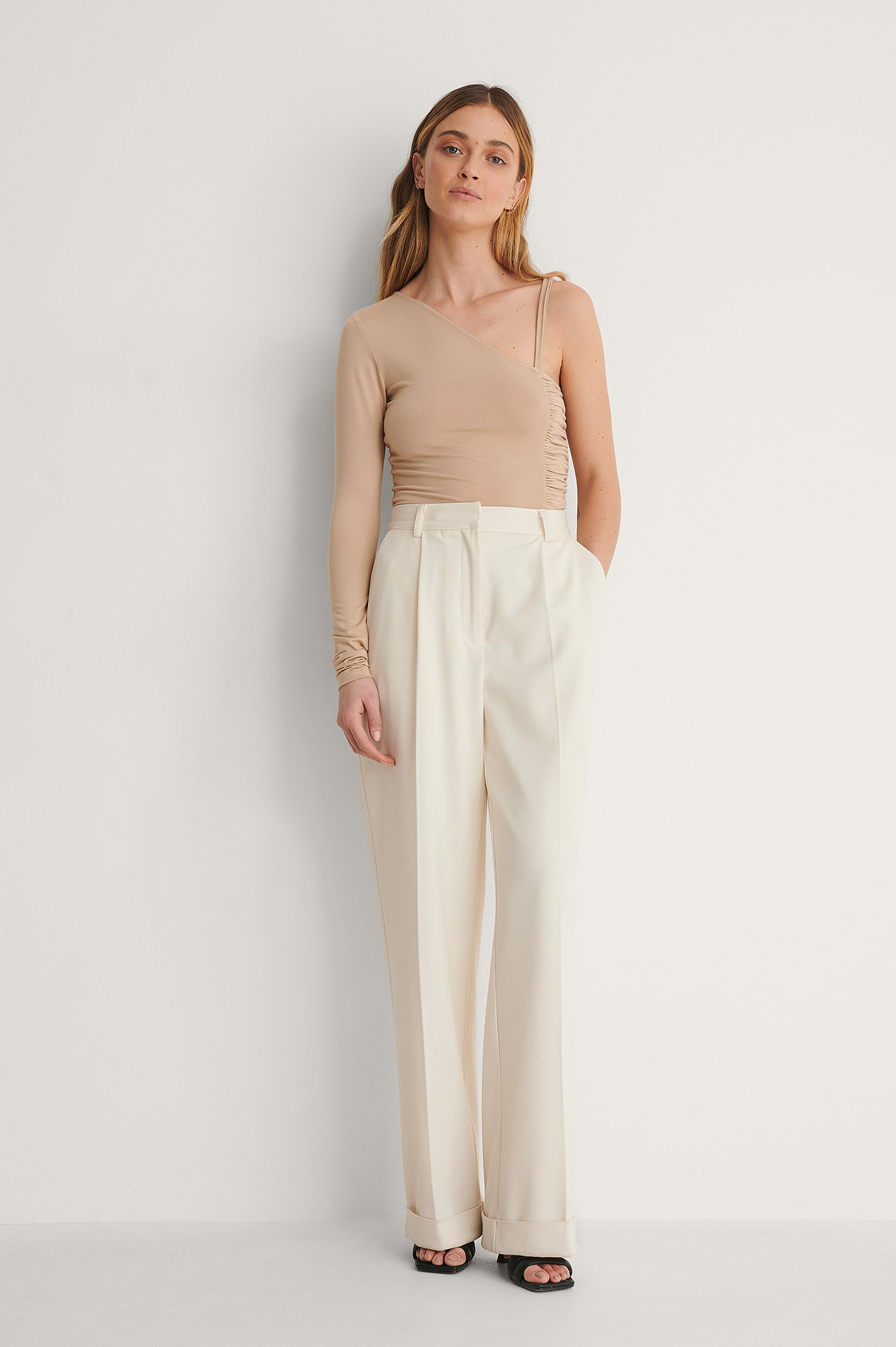 Side Draped One Arm Top Outfit.