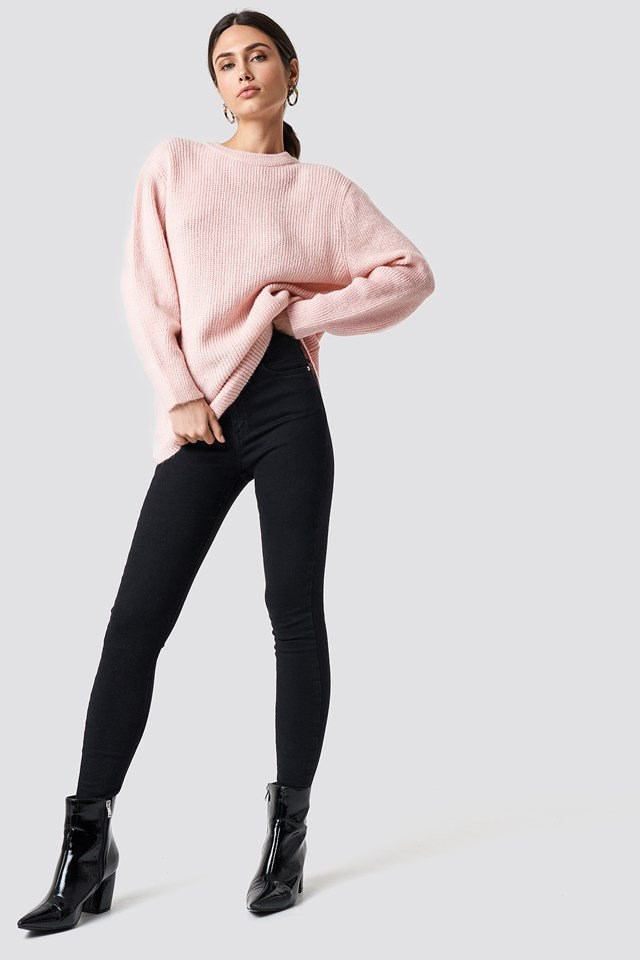 Pink and Black Simple Outfit