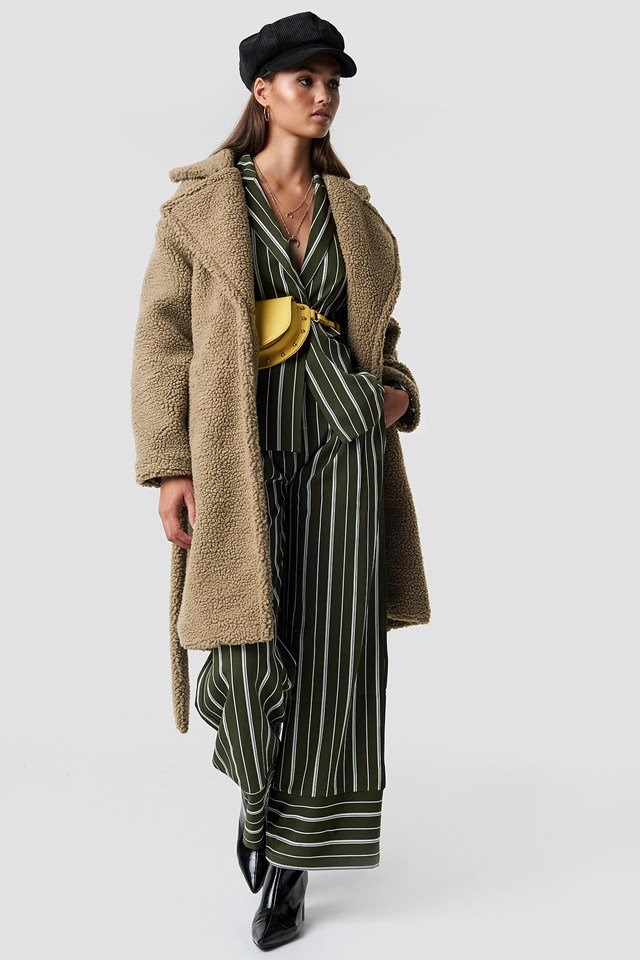 Brown Fur Coat X Green Stripes Outfit