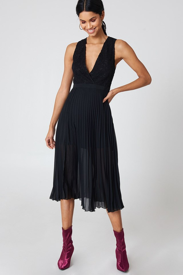 Pleated Dress Outfit
