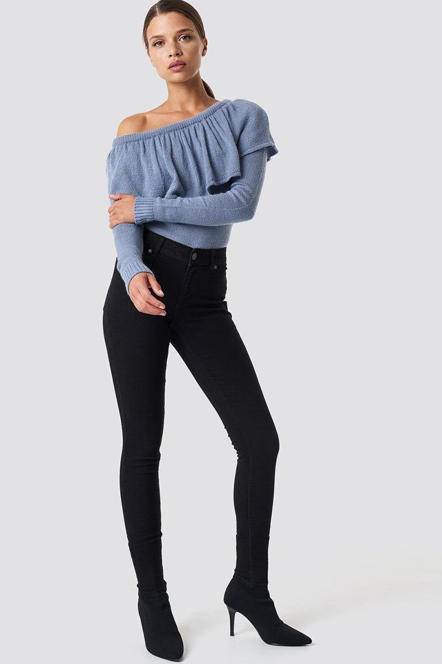 Mid Spray Black Jeans