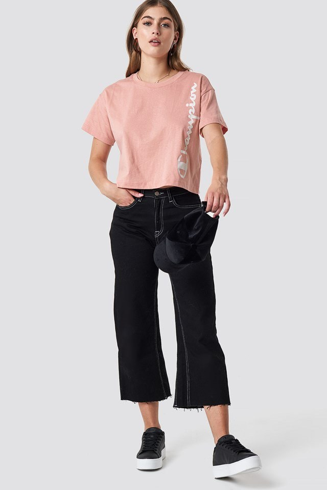 Pink Champion Cropped Outfit