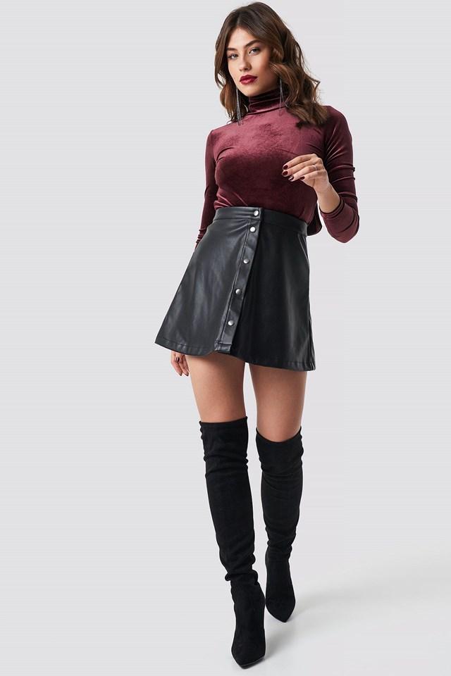 Deep Back Velvet Top Outfit