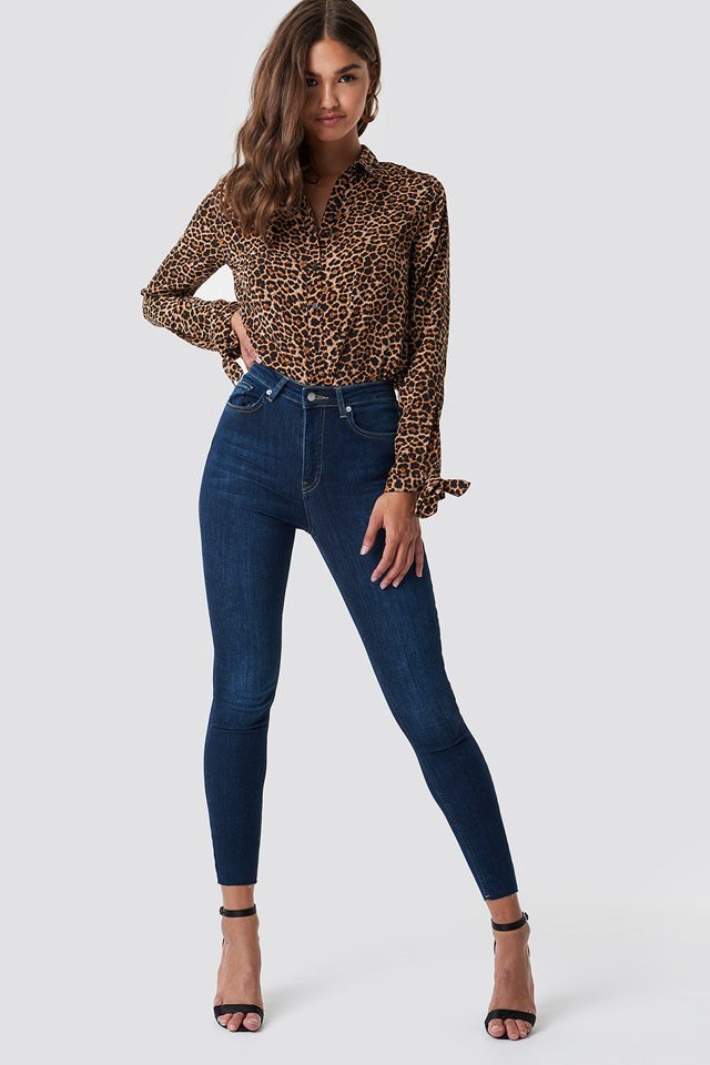 Skinny High Waist Raw Hem Jeans Outfit