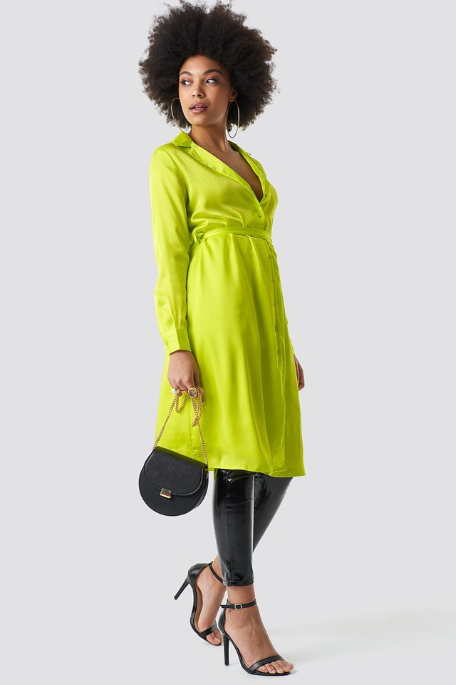 Neon midi dress outfit.