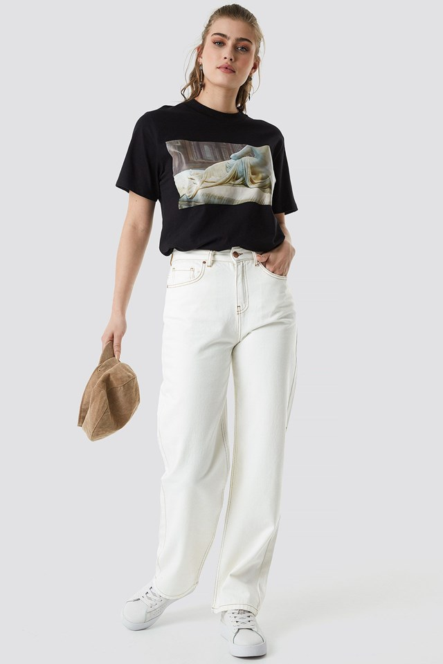 Sculpture Tee Outfit