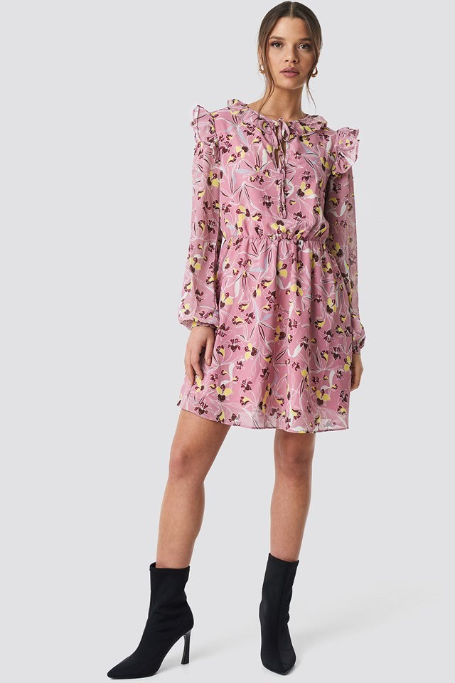 Pink Flower Mini Dress Outfit