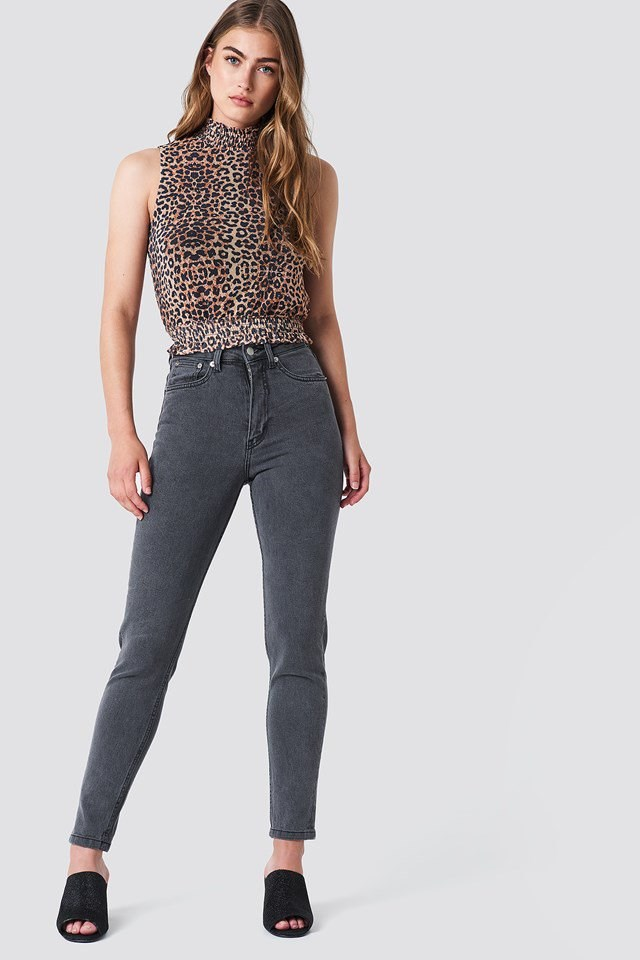 High Waist Skinny Jeans with Leopard Top