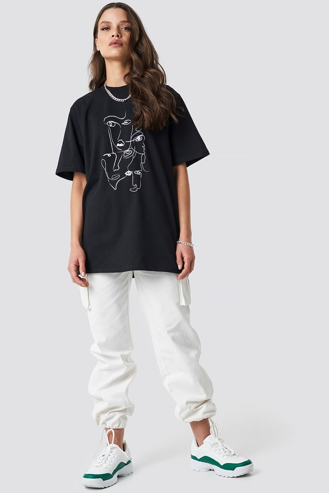 Printed Face Oversize Tee Black Outfit