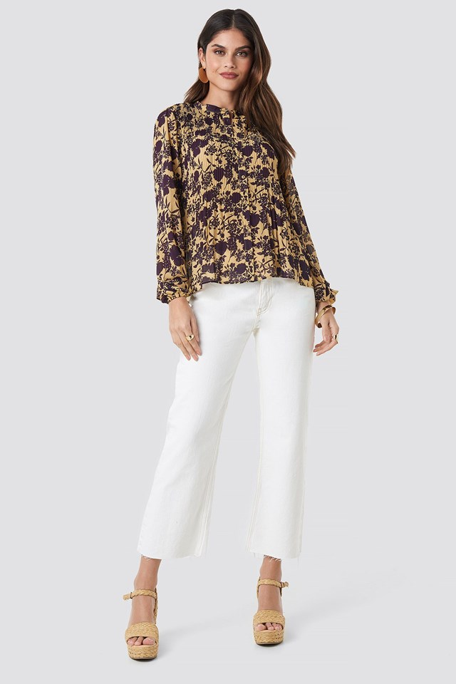 Pleated Flowy Blouse Outfit.