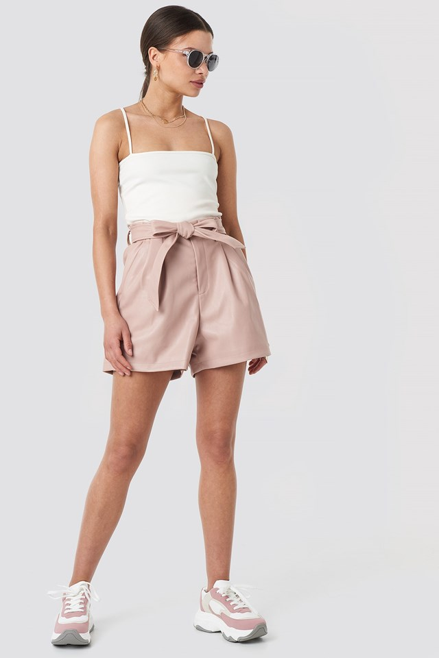 PU Paper Bag Wast Belted Shorts Outfit
