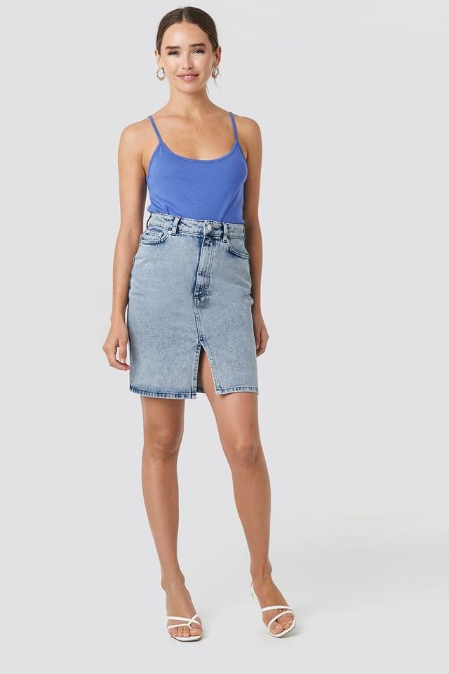 Pencil Denim Mini Skirt Outfit.