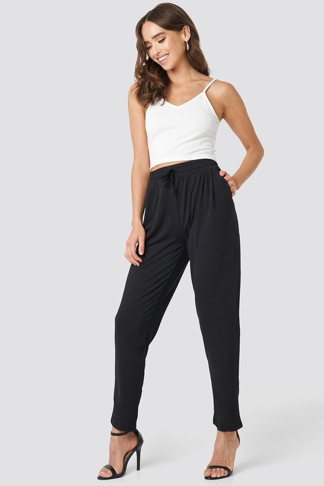 Milla Trousers Outfit.