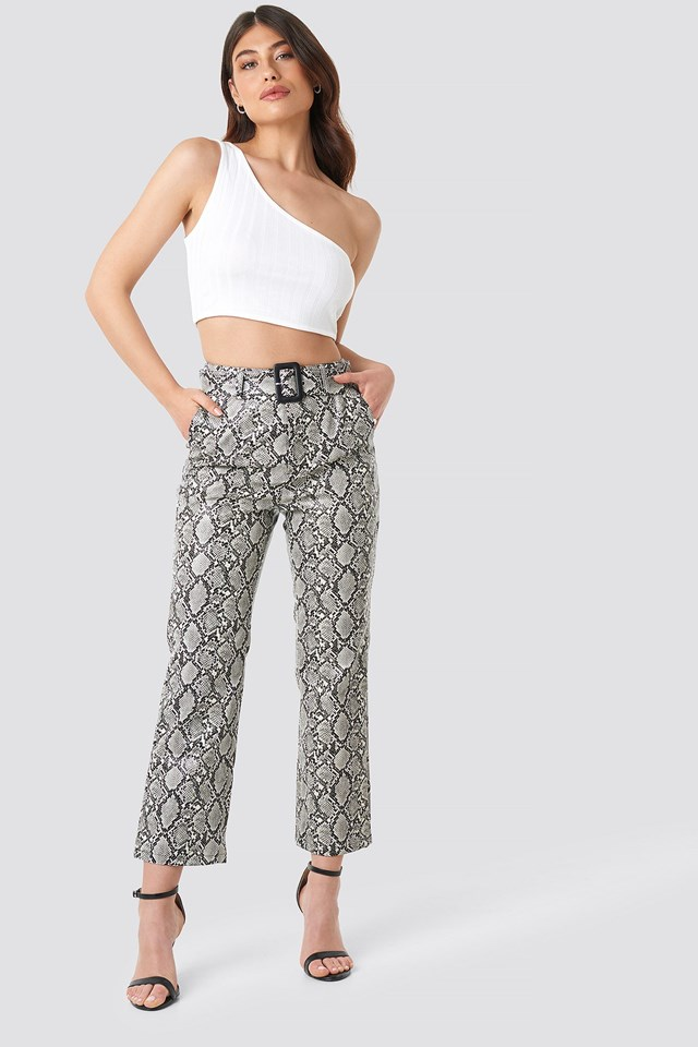 Snake Printed Cropped PU Pants Multicolor Outfit