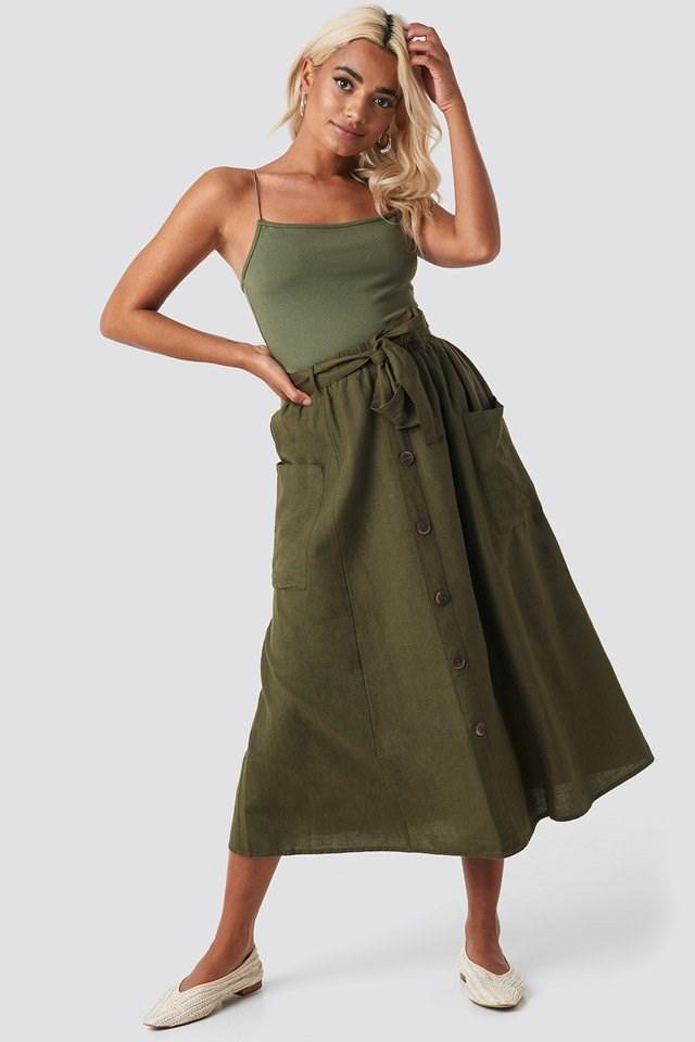 Bina Skirt Outfit.