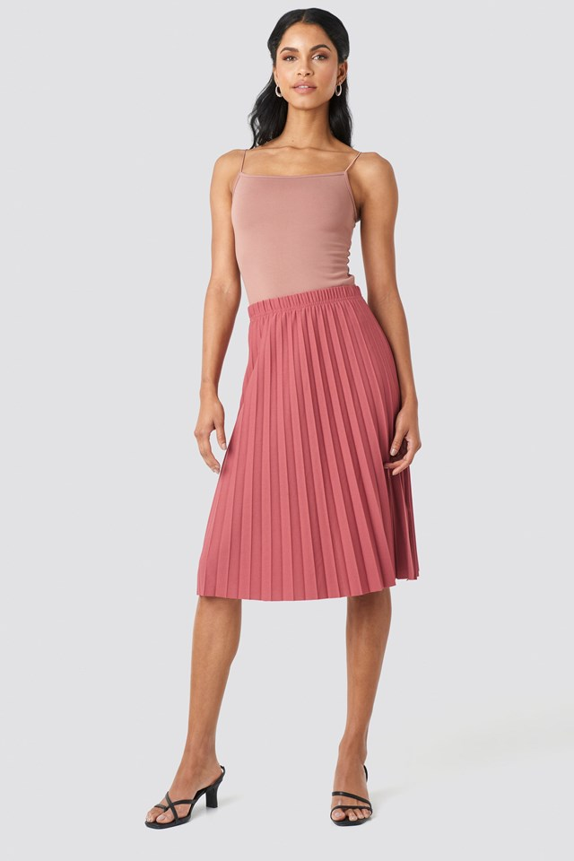 Yol Pleated Midi Skirt Outfit.