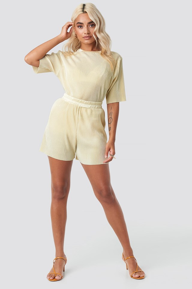 Pleated Short Sleeve Outfit