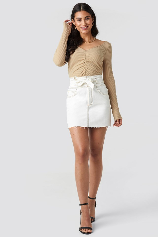 Front Ruched Cropped Top Beige Outfit
