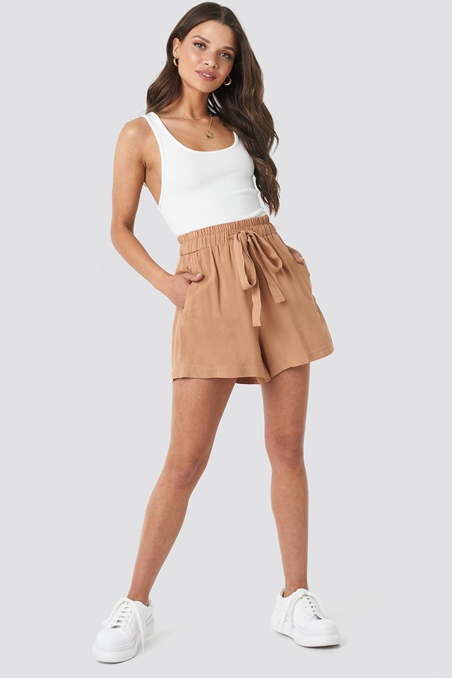 Belted Flowing Shorts Brown Outfit