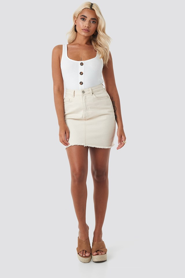 Buttoned Ribbed Singlet White Outfit