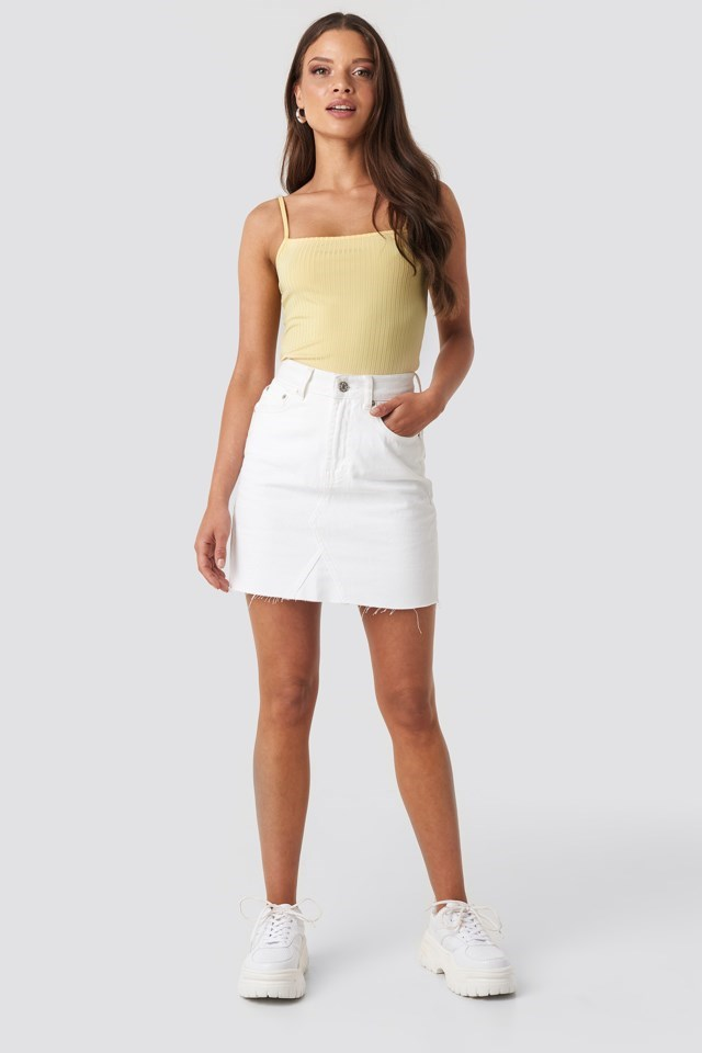 Ribbed Bandeau Strap Singlet Yellow Outfit
