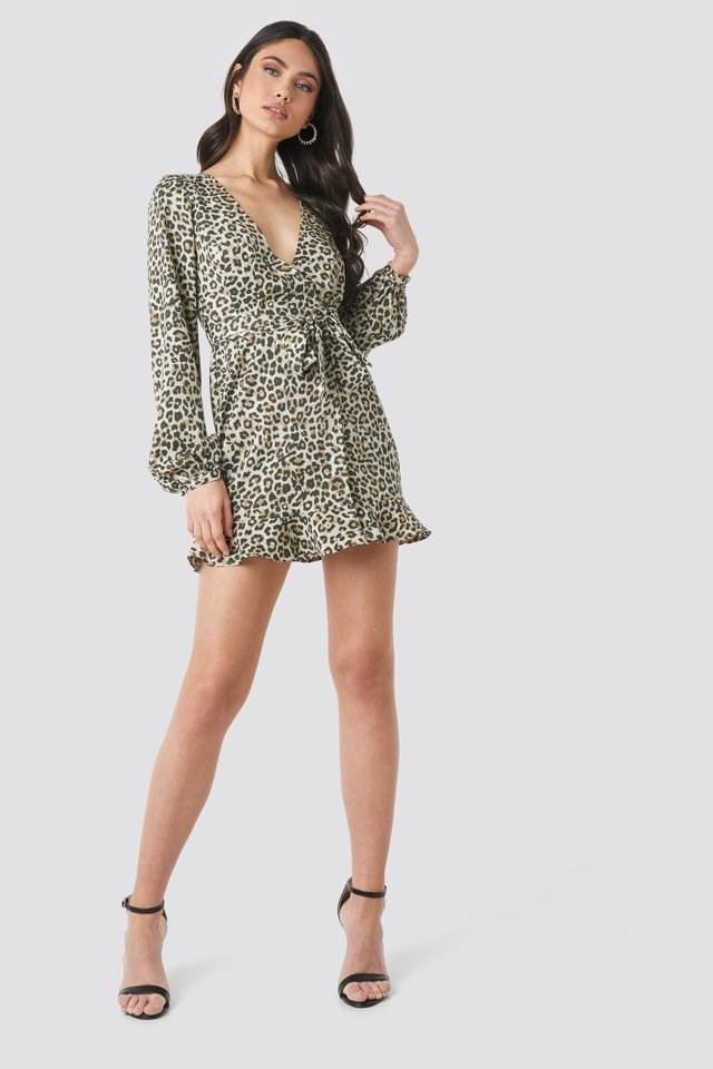 Overlap Mini Dress Beige Outfit
