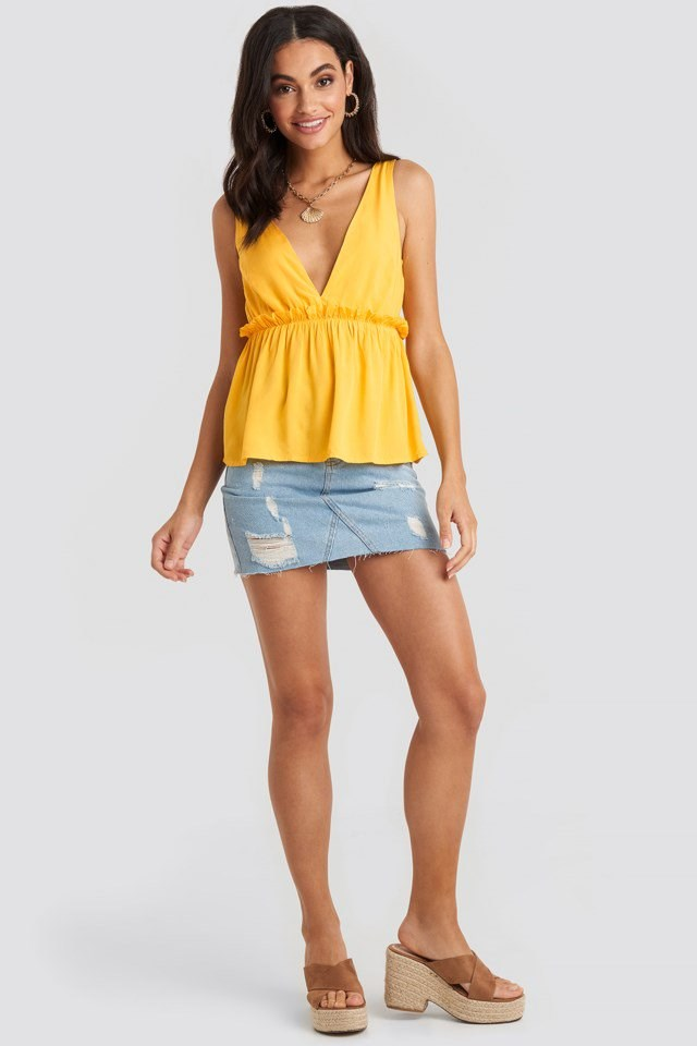 V-Neck Frill Detail Singlet Yellow Outfit