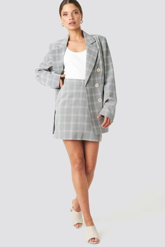 Light Checkered Double Breasted Blazer Blue Outfit
