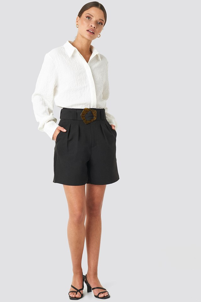 Asymmetric Buckle Belted Shorts Black Outfit