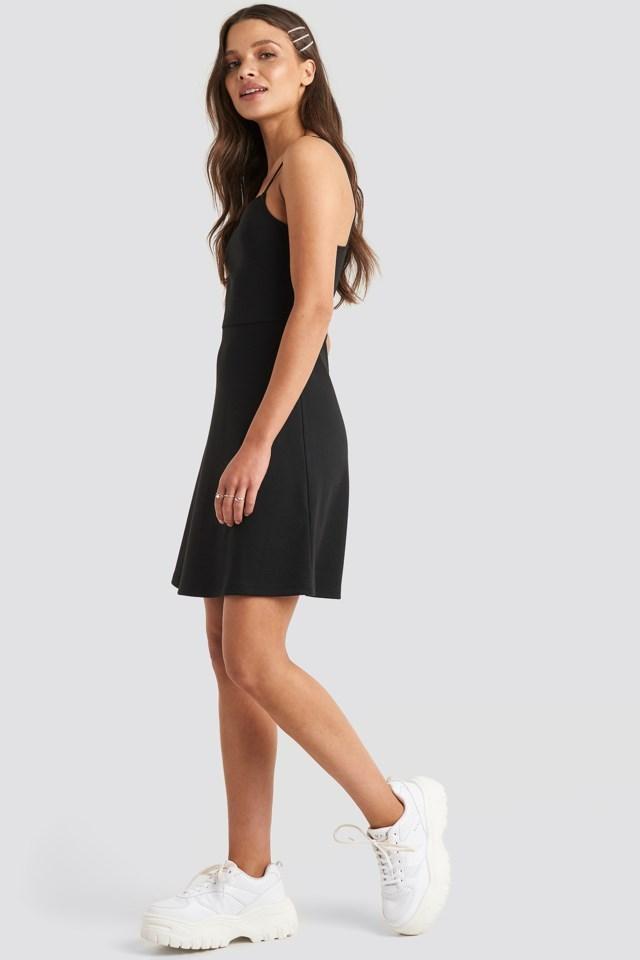 Mini Spagetti Strap Dress Black Outfit