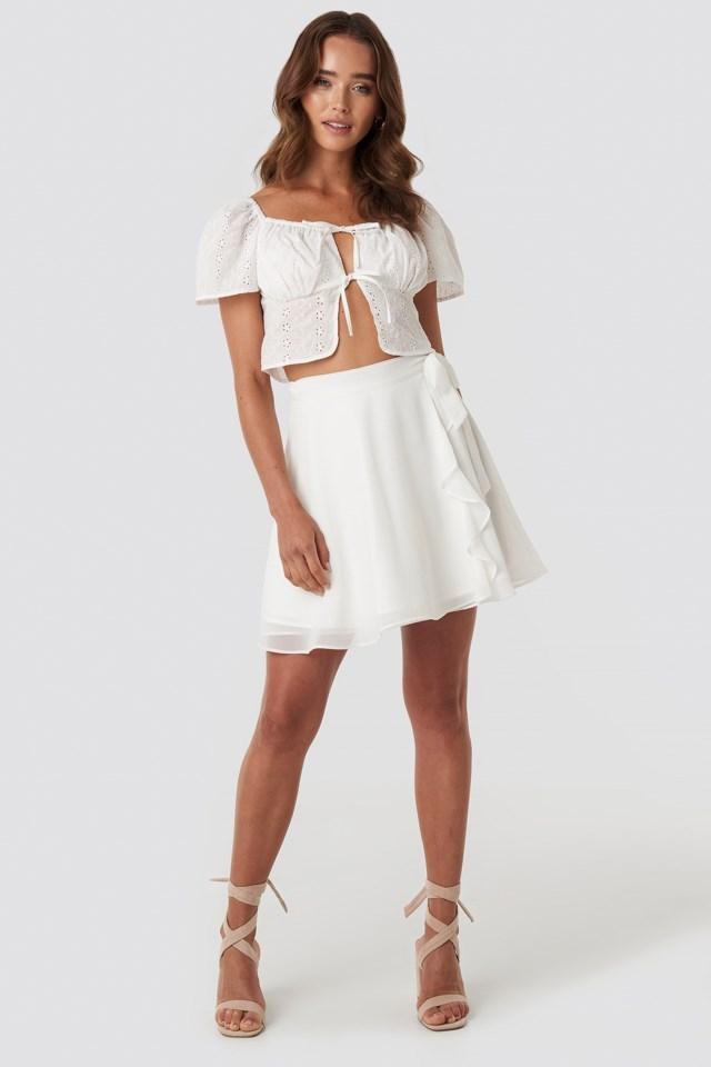 Tied Mini Skirt White Outfit